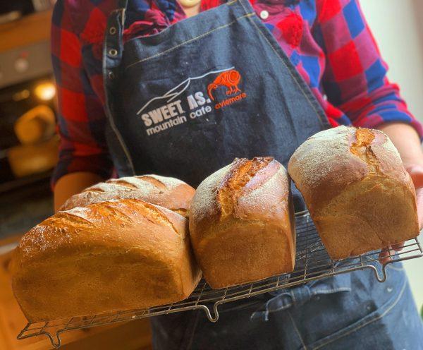 KJ Bread Apron